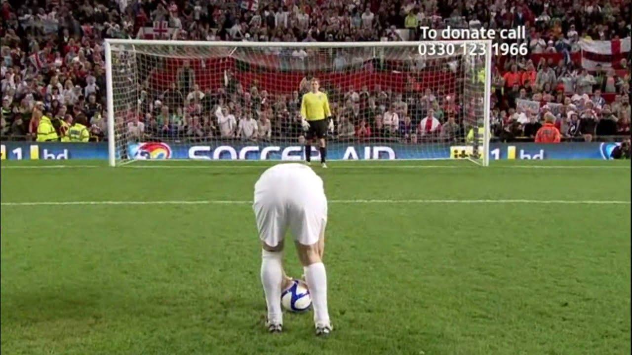 Soccer Aid 2010 - Bradley Walsh Penalty - YouTube