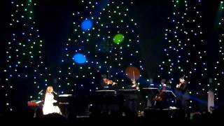 Tori Amos - Holly, Ivy and Rose 12/18/11: Orpheum Theatre - Los Angeles, CA