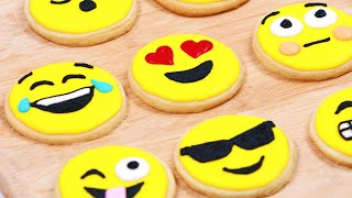 HOW TO MAKE EMOJI COOKIES - NERDY NUMMIES Thumbnail