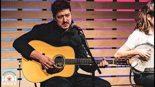 Mumford & Sons - Guiding Light [Live In The Lounge]