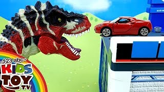 Dinosaur in the city of cars! Story for children in English