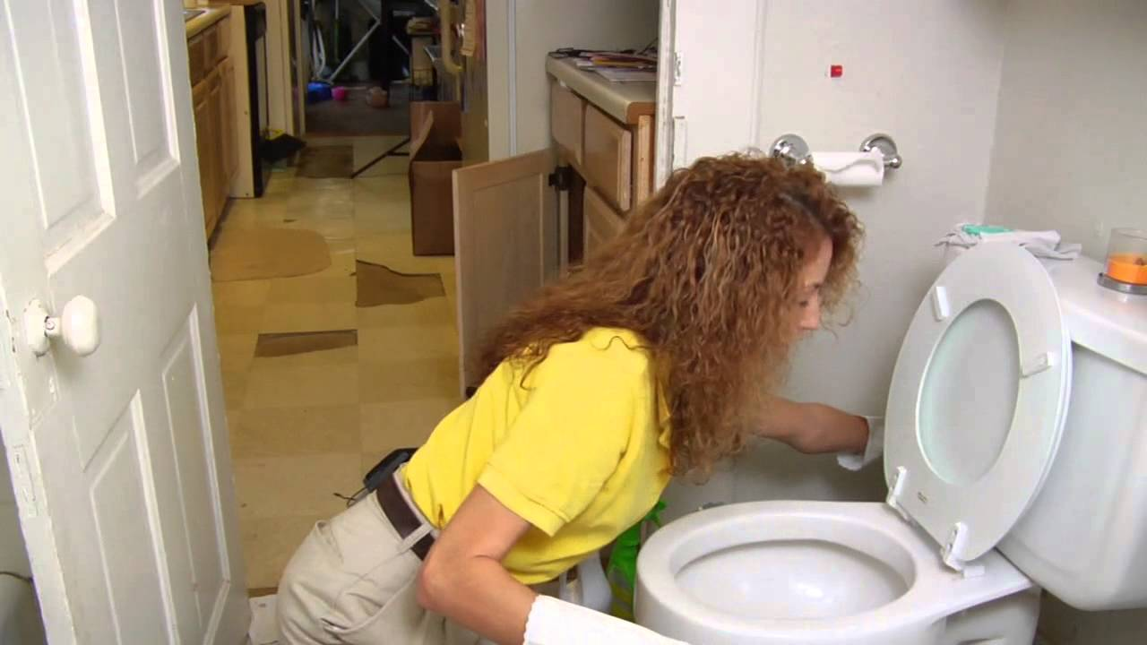 how to remove toilet bowl stains youtube. Black Bedroom Furniture Sets. Home Design Ideas