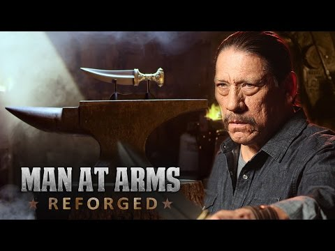 Jambiya Knife – Arabian Dagger  from Battlefield 1 - MAN AT ARMS feat. Danny Trejo
