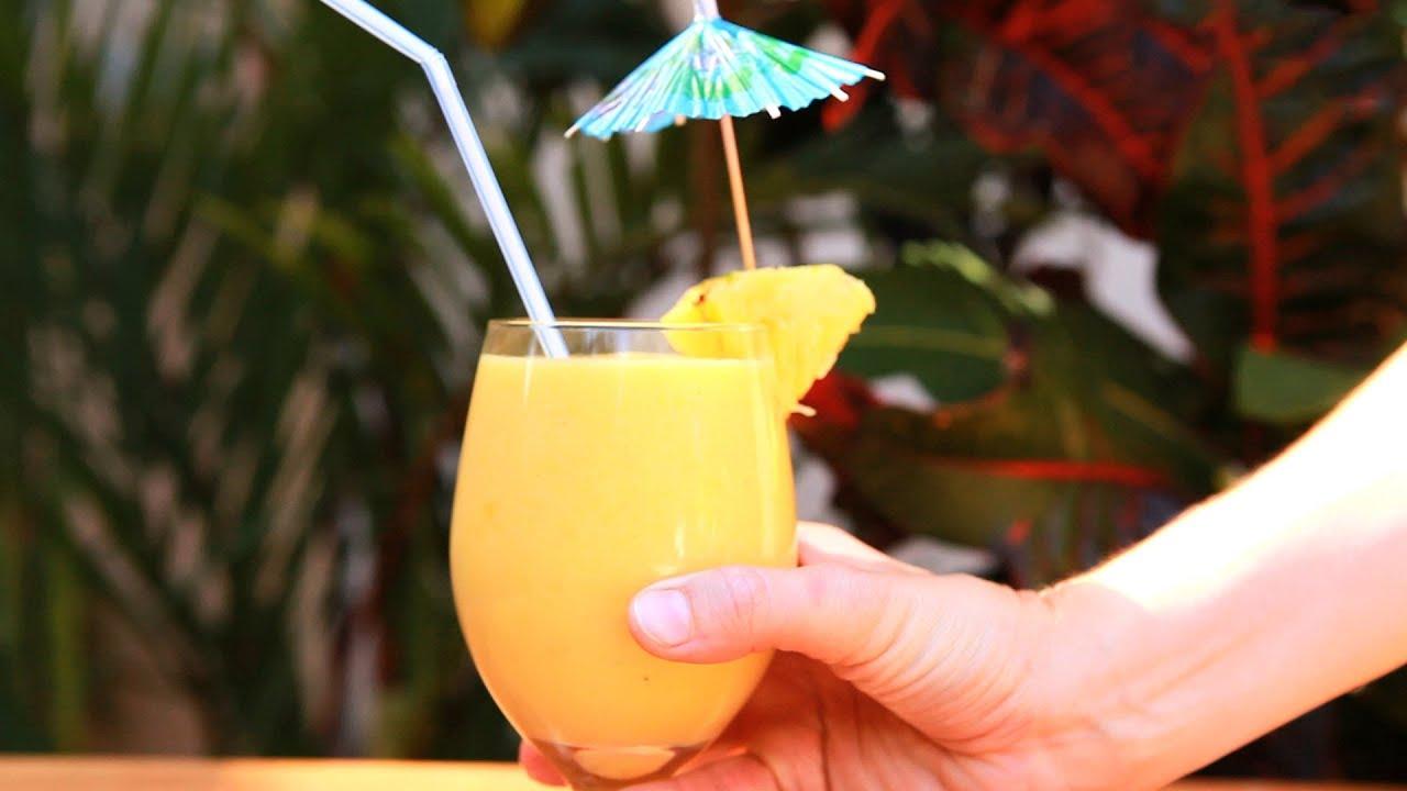 rezept tropischer smoothie mit mango banane und ananas youtube. Black Bedroom Furniture Sets. Home Design Ideas