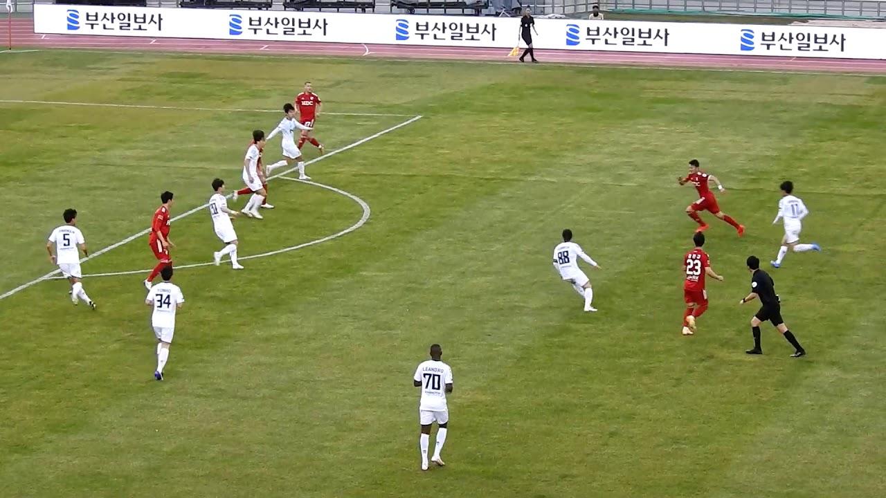 [직관영상] 부산축구팬들 떡실신, K리그2 1R 부산 아이파크 vs 서울 이랜드