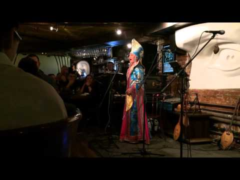 Тандалай Модорова - Журавлиный крик  горловое пение  этно  Томск  jazz cafe Underground