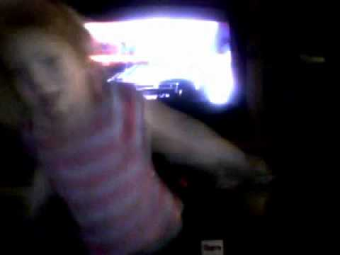 baby dancing to justinbeiber baby