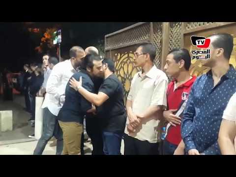 بكاء وانهيار الفنان أحمد عزمي في عزاء الراحل ماهر عصام  - 23:21-2018 / 6 / 18