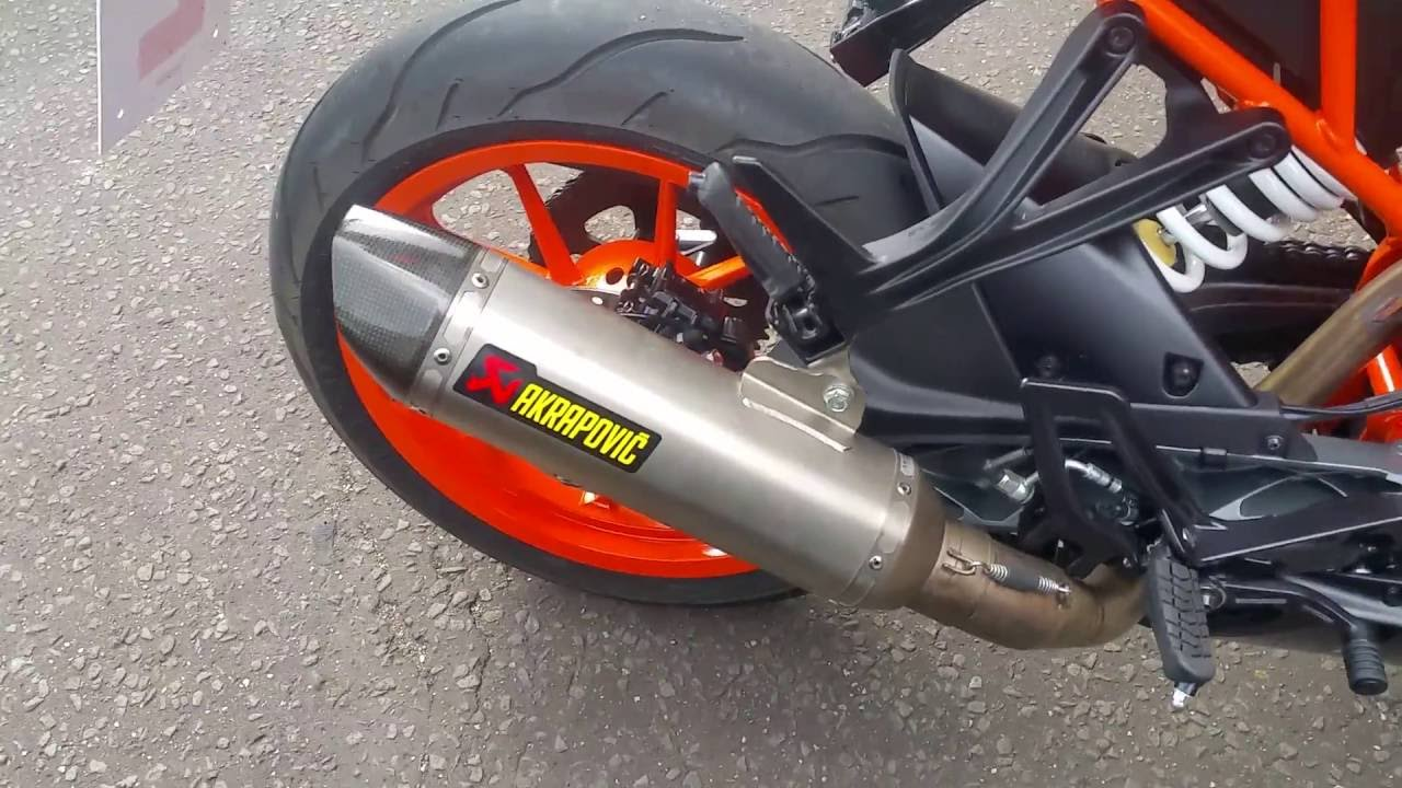 ktm rc 125 akrapovic exhaust fitted youtube. Black Bedroom Furniture Sets. Home Design Ideas