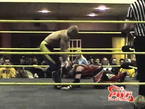 Amazing Red w/Allison Danger vs Low Ki - PWF Vast Energy ...