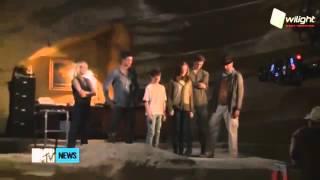 За Кадром: «Гостья» с Джейком Эйбелем