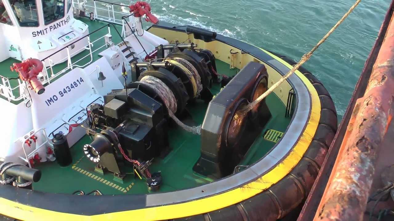 Berge Bureya Smit Tugboats And Krve Boatmen At The Por