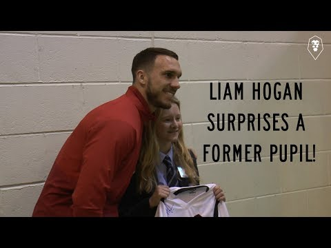 SCHOOL VISIT | Liam Hogan surprises former pupil in assembly!