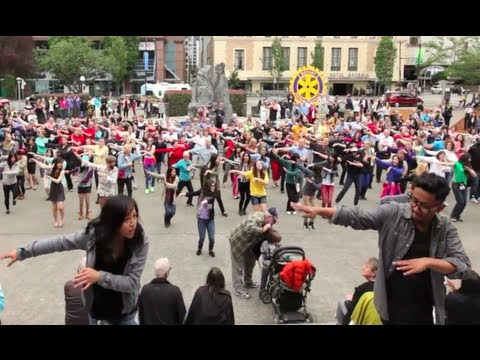 """OFFICIAL VANCOUVER FLASH MOB- Rotary """"End Polio Now"""""""