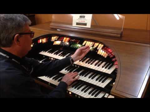 Conn 653 Classical Organ Sounds with Chimes