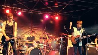 Bilderbuch - Schwarzflug live @Goldstrand Festival Smü 2012
