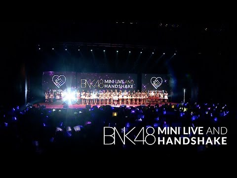 「365nichi no Kamihikouki –365 วันกับเครื่องบินกระดาษ–」from BNK48 Mini Live and Handshake / BNK48