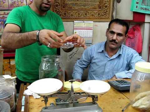 Dubai Spice Souk – buying saffron