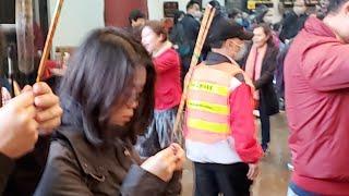 Publication Date: 2020-01-26 | Video Title: 「直播」年初二新界鄉議局主席到車公廟為香港求籤