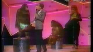 Утренняя почта 'Обезьяны или люди?' (Bobby Berosini's orangutan show)