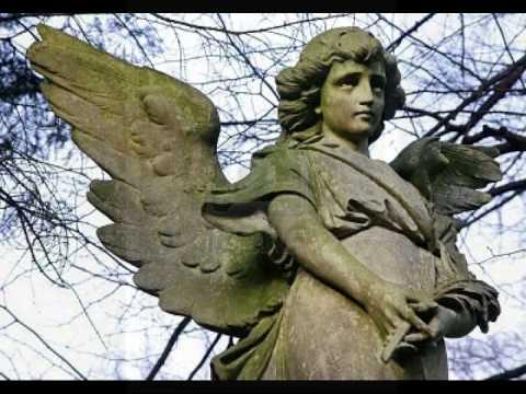 el angel de piedra