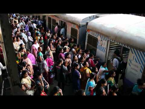 mumbai local train - women boarding the ladies only carriage