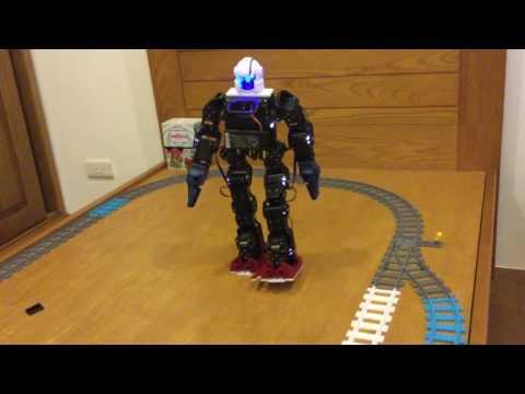 Humanoid robot human-like gait