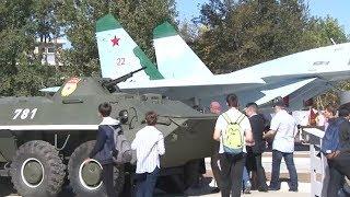 В Анапе открыли парк военной техники