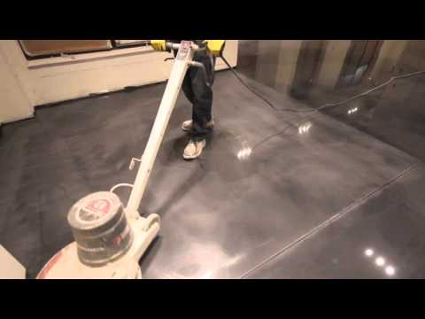 DESIGNER METALLIC EPOXY (EP-E100) FLOOR SANDING BETWEEN COATS