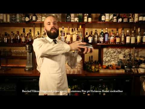 COINTREAU FIZZ på Holmens Kanal cocktailbar