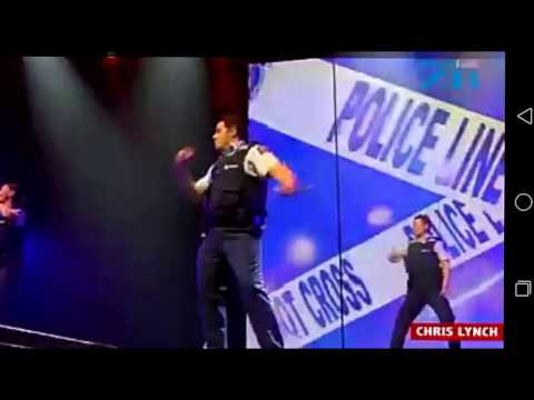NEWZEALAND Police officers dance to salman khan songs and style