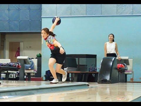 Buro vs SEA Games 2017 athlete Sin Li Jane in bowling