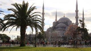 Гид по Стамбулу. Голубая мечеть. Мечеть Султанахмет / Inside of Istanbul. Mavi Camii (Sultanahmet)(Голубая Мечеть (Mavi camii) также носит название Мечеть Султанахмет (Sultanahmet Camii). Эта мечеть является одним из..., 2014-02-03T15:33:15.000Z)