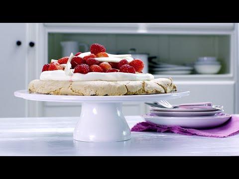 Pavlova met aardbeien en frambozen - Allerhande