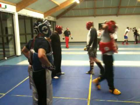 combat libre duch casque bleu 1.MOV