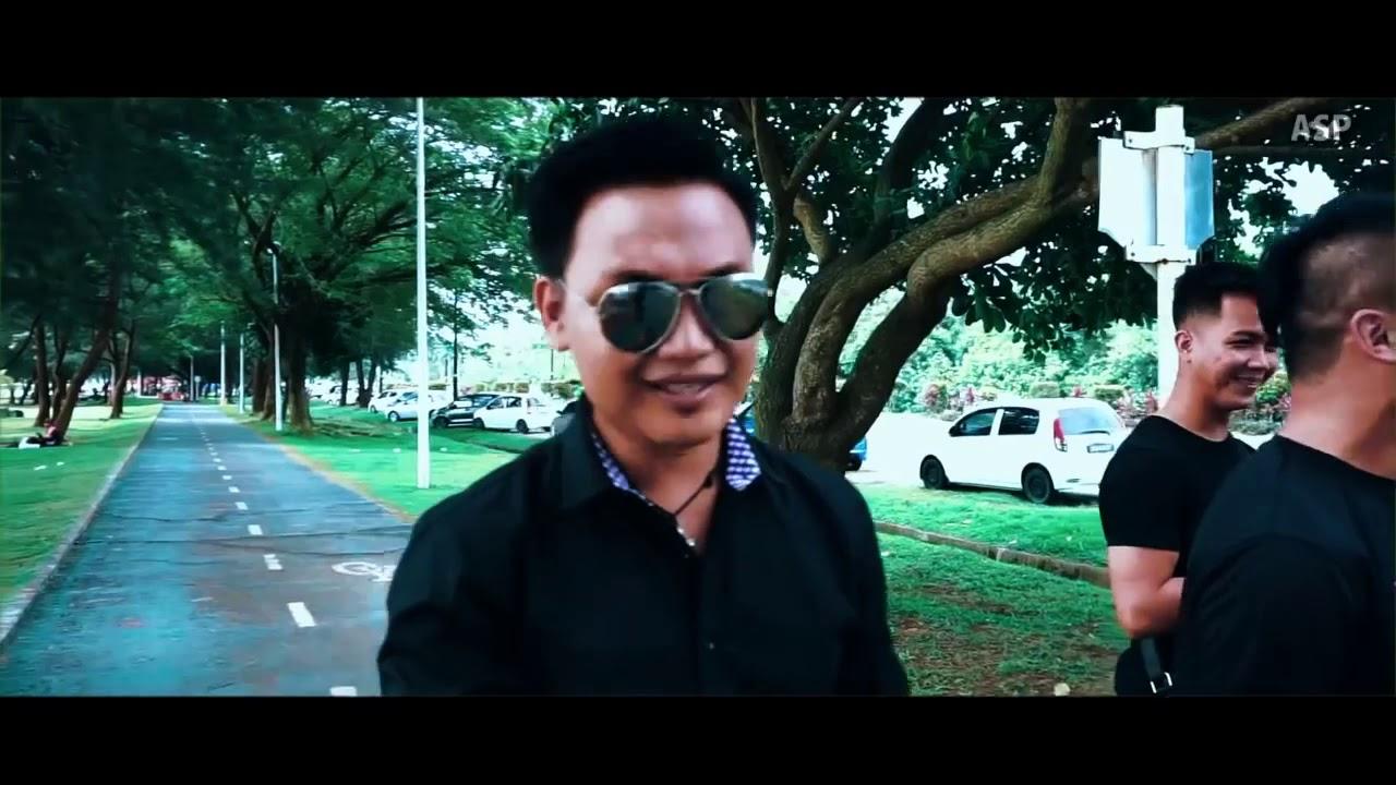 Download X One Time - Siapalah Aku (Official Music Video)