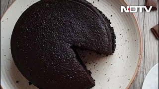 How To Make Eggless Chocolate Cake | Easy Eggless Chocolate Cake Recipe Video