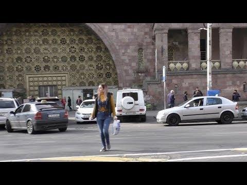 Yerevan, 27.03.20, Fr, Koronovirus, 3-rd Or, Hraparakic Depi Toon (tsitikneri:), Video-2.