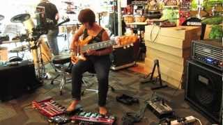 "Wendy Phua - ""Kindred Spirits"" (solo bass live looping)"