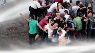Демонстранты заняли здание министерства экологии в Бейруте. Новости 1 сен 06:38(Топ знакомства для взрослых 18+ 1 Flirchi- Сайт знакомств Популярная социальная сеть; Более 100 млн. пользователе..., 2015-09-01T13:00:00.000Z)
