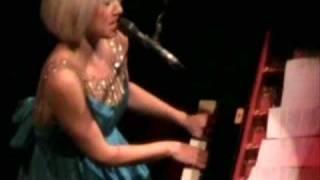 """Tori Amos """"Dragon"""" live in Chicago, IL  11/5/07  PART 3"""
