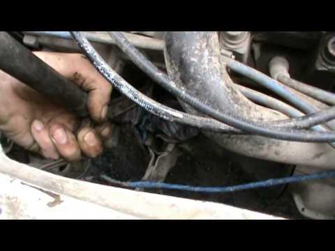 Замена пробки в двигателе ВАЗ 21083
