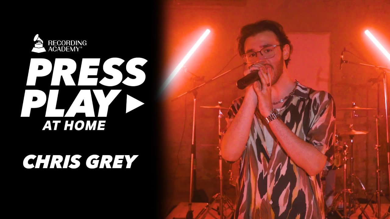 "Watch Chris Grey Perform A Seductive Version Of ""Seamless"" | Press Play"