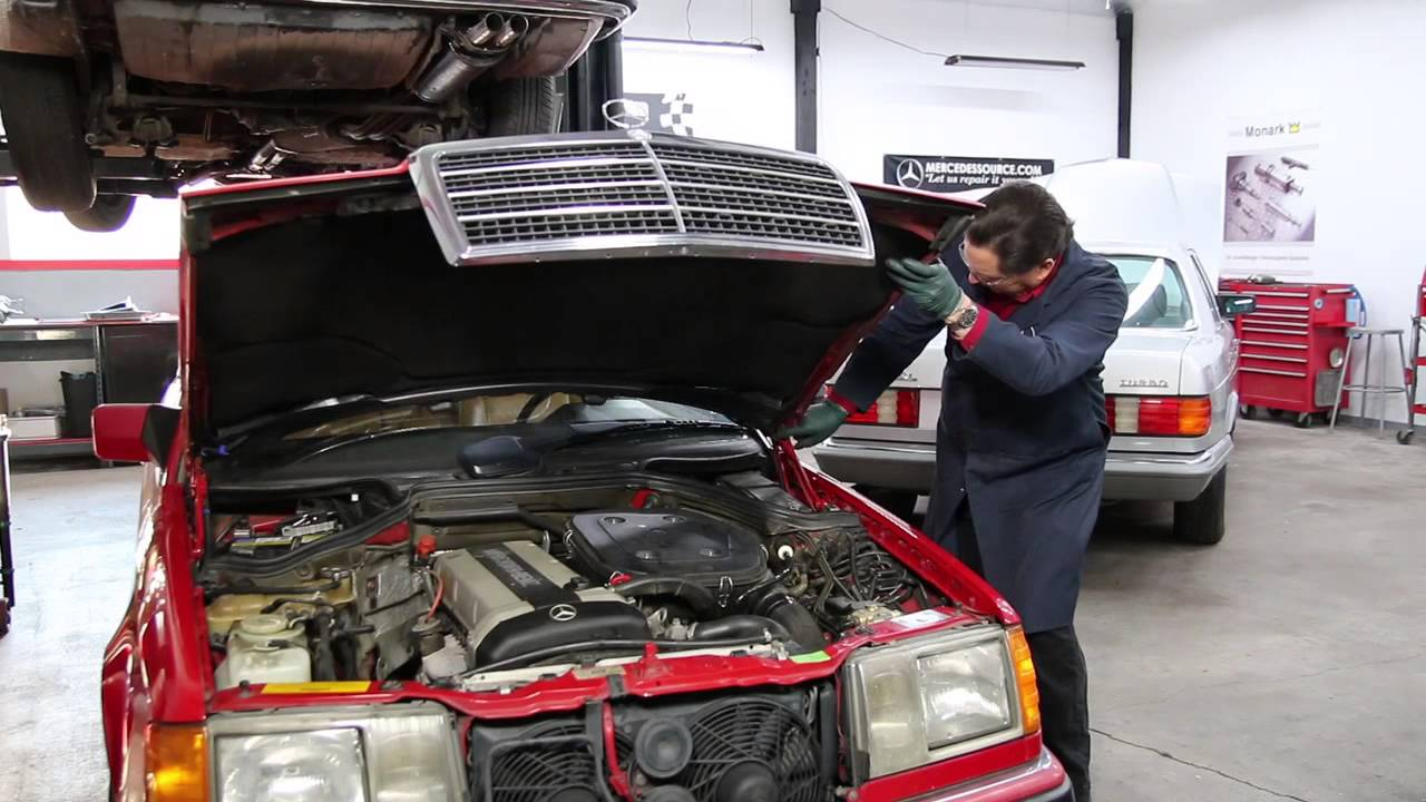 Mercedes W124 Opening Hood Into Vertical Position And Closing It Benz C280 4matic 2007 Side Markers Repair Wire Harness Without Damage