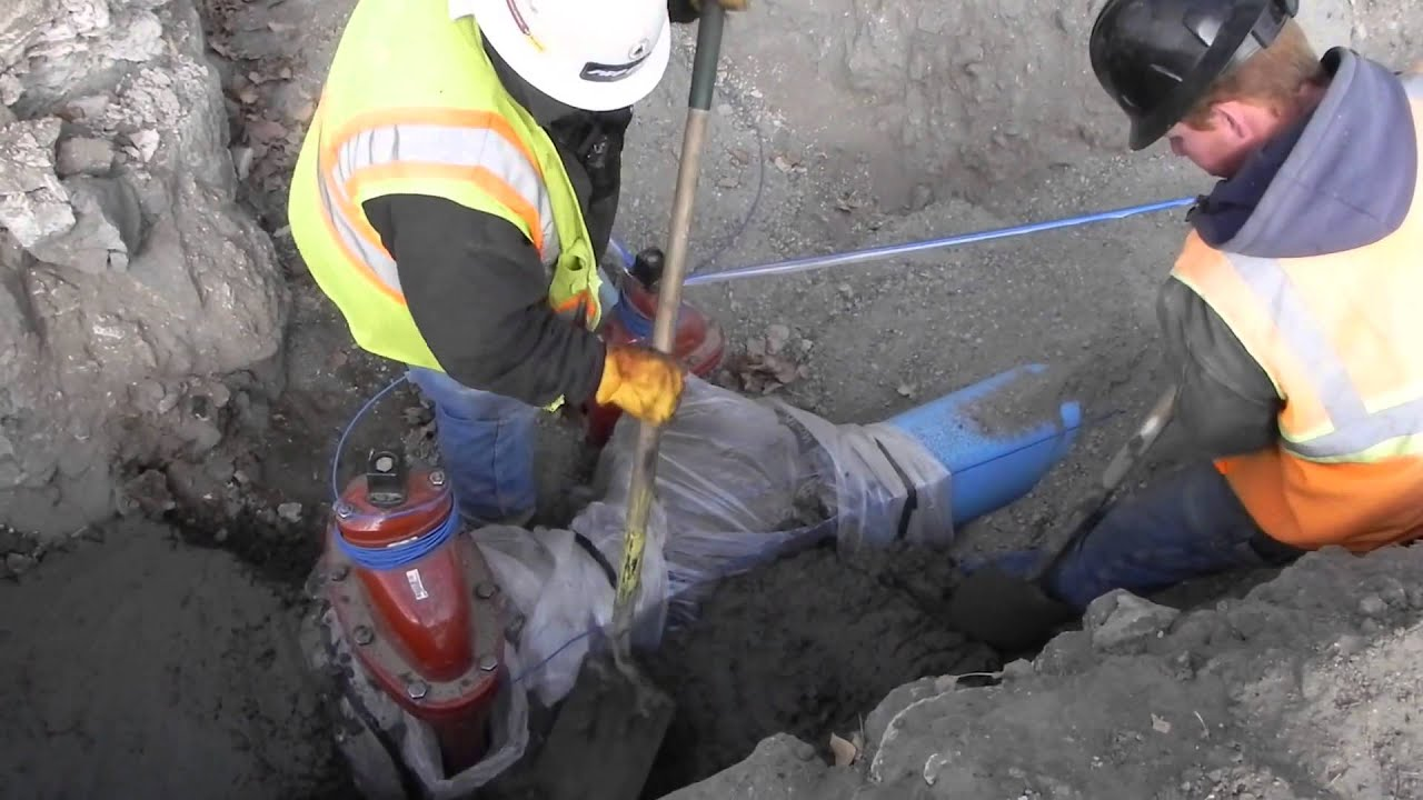 Dietrich Idaho Water Project 11-08-2013 Lay Pipe, Pour