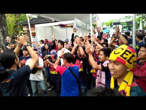INDOBARCA VS PRMI CHANTS BATTLE BOLA SPORT RACE 2016 Mp3