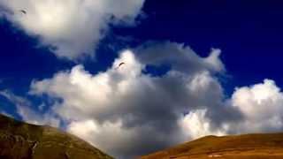 2014 08 20 Anteprima Castelluccio Volo dal Vettoretto e Pian Perduto magico