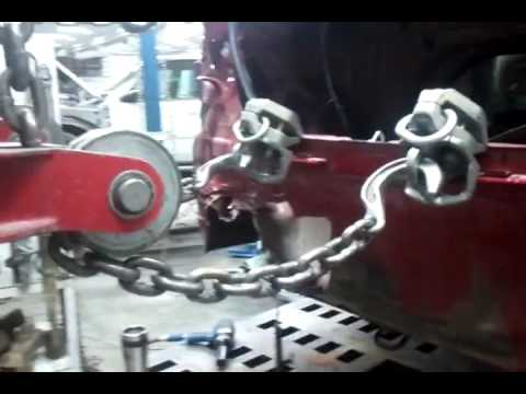 Pulling a wrecked vehicle on the frame Machine