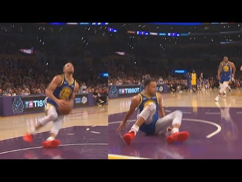 In a rare lowlight, Stephen Curry slips (Lakers cheating confirmed) on an open dunk then Airballs a 3 leaving the LA crowd shocked. Even Klay got lost for a few seconds looking for answers.