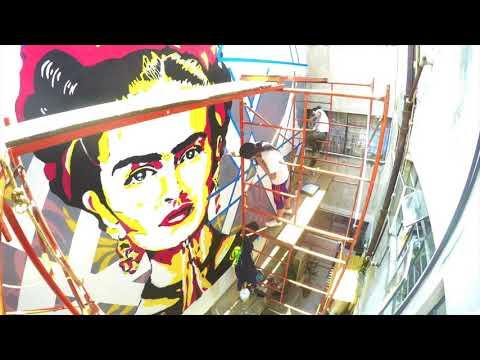 Frida-Kahlo-street-art-mural-Time-Lapse-Valerian-Vale-Stencil-Mexico-City